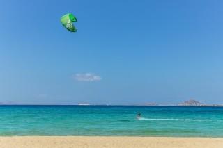naxos-windsurfing